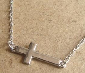 Cross Chain Necklace, Simple Everyday Jewelry, Elegant gift, Bridesmaid Gift, Bridal Wedding Jewelry